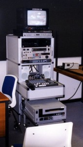 Rullebordet i poståbningsrummet, på rådhuset, hvorfra udsendelserne blev afviklet